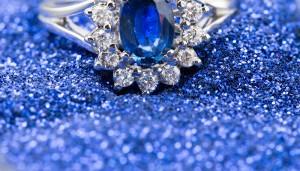 anel safira barato