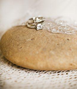 anel de noivado platina