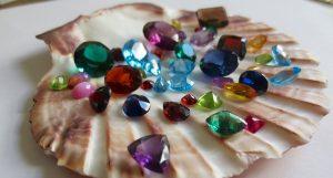 anel pedras preciosas